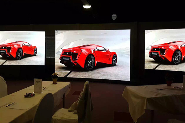 P3.91 mobile video wall